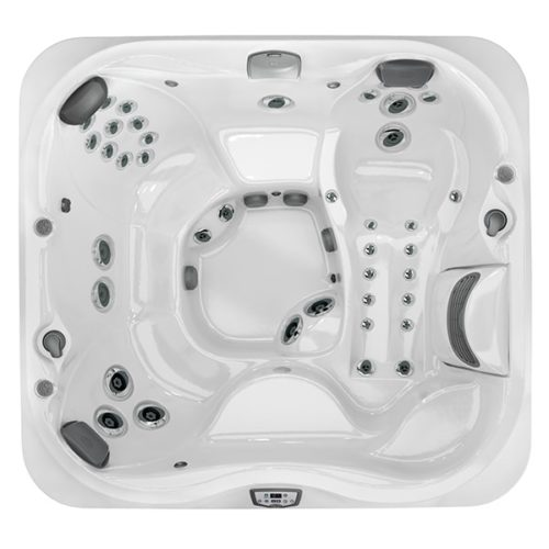 J-355 Hot Tub at Lifestyle Outdoor in Los Angeles, California