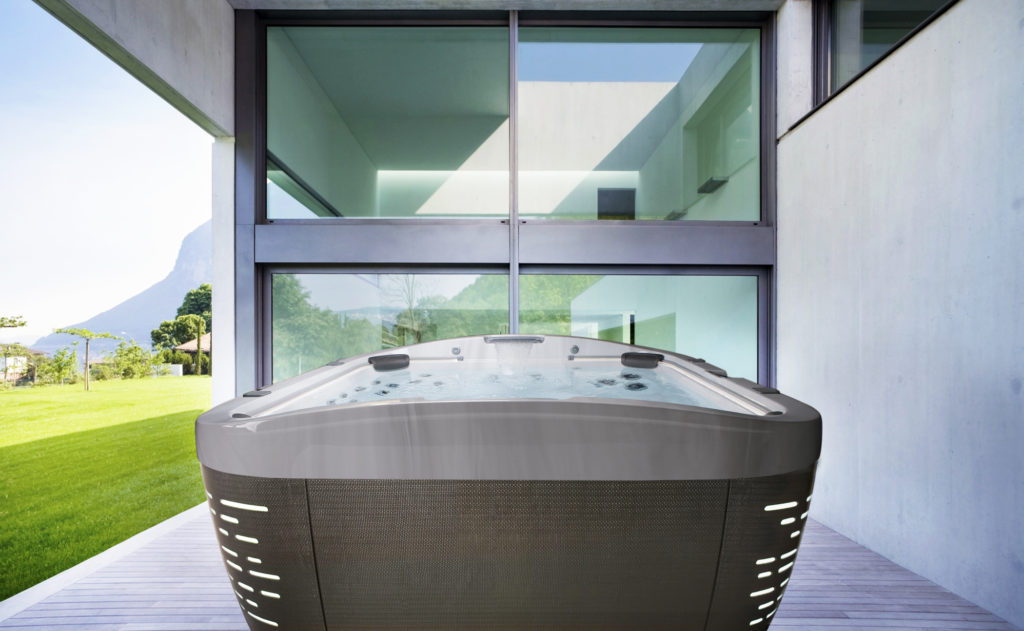 Jacuzzi Hot Tubs J-585 Hot Tub Installation in Los Angeles, California