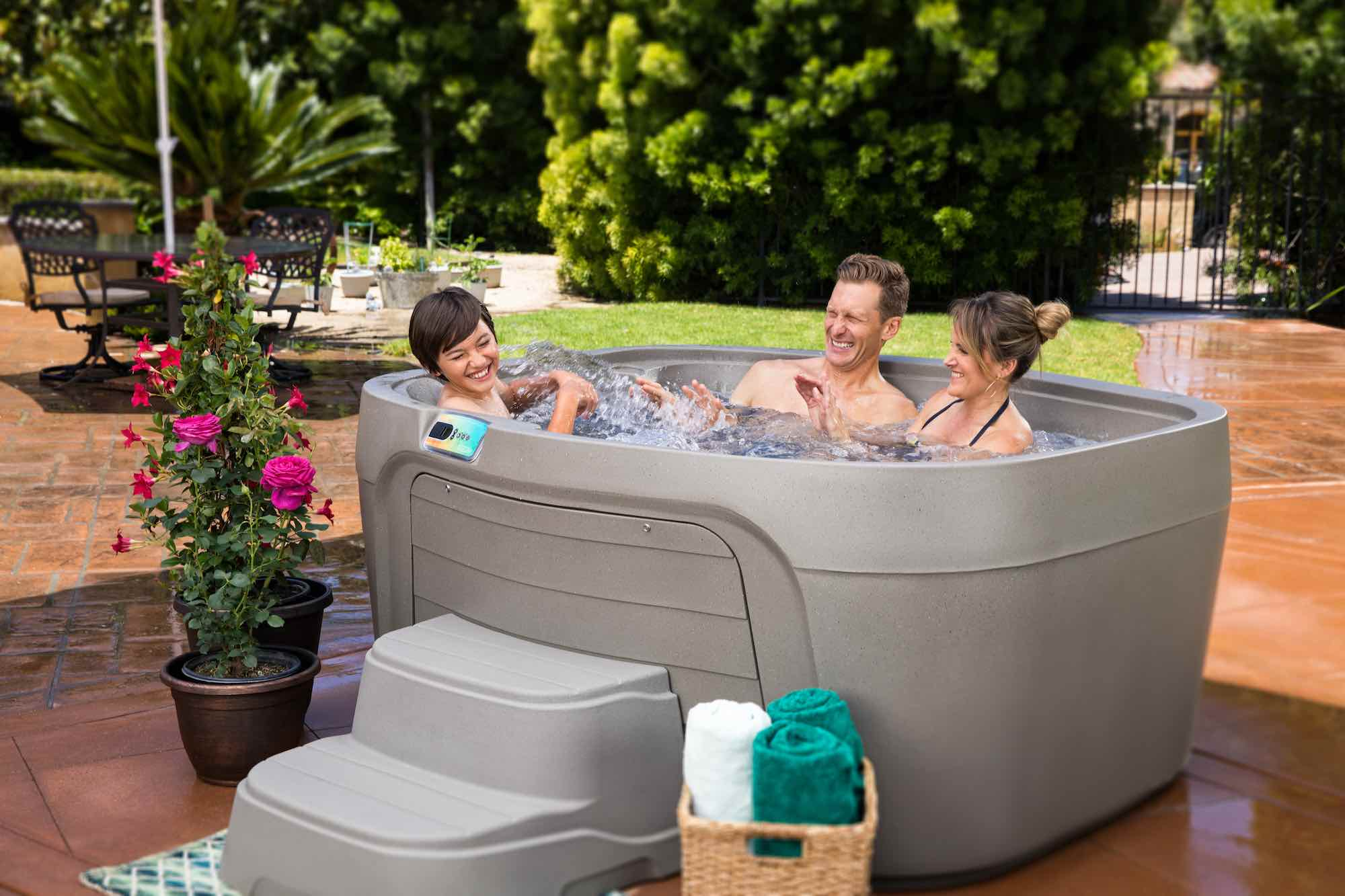 Fantasy Spas Drift Hot Tub at Lifestyle Outdoor in Los Angeles, California