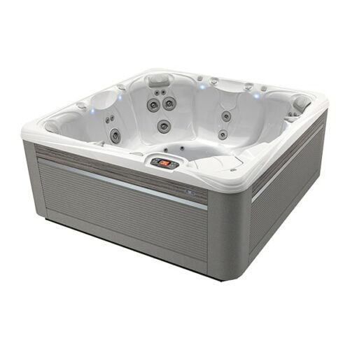 Caldera Spas Reunion Hot Tub at Lifestyle Outdoor in Los Angeles, California
