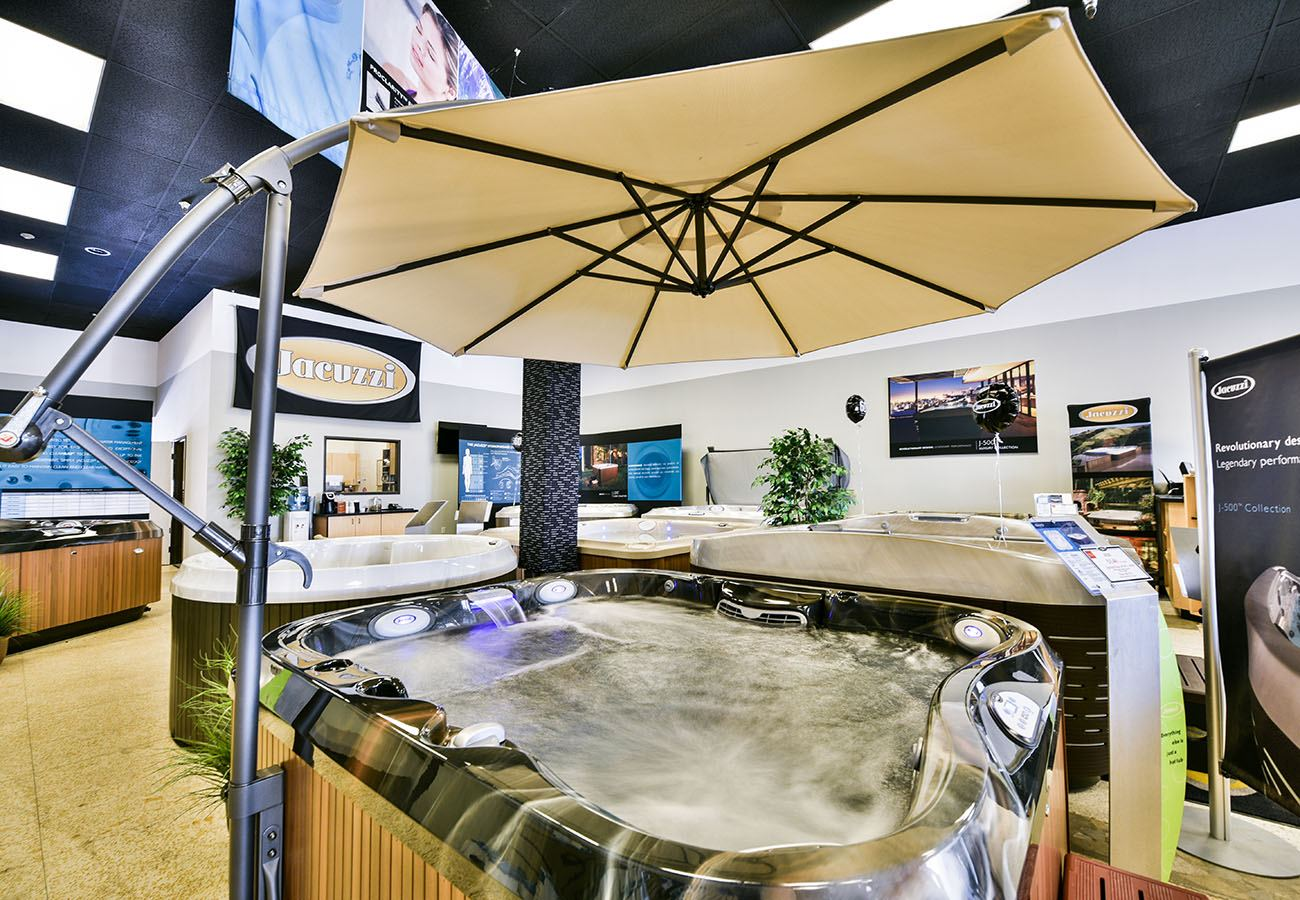 Lifestyle Outdoor Sherman Oaks jacuzzi hot tubs umbrella in showroom in Los Angeles
