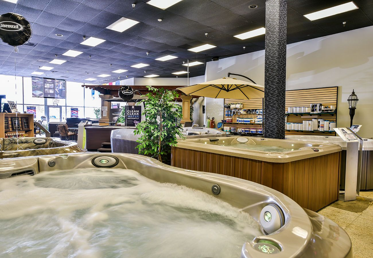 Lifestyle Outdoor Sherman Oaks jacuzzi hot tubs jet demonstration in showroom in Los Angeles