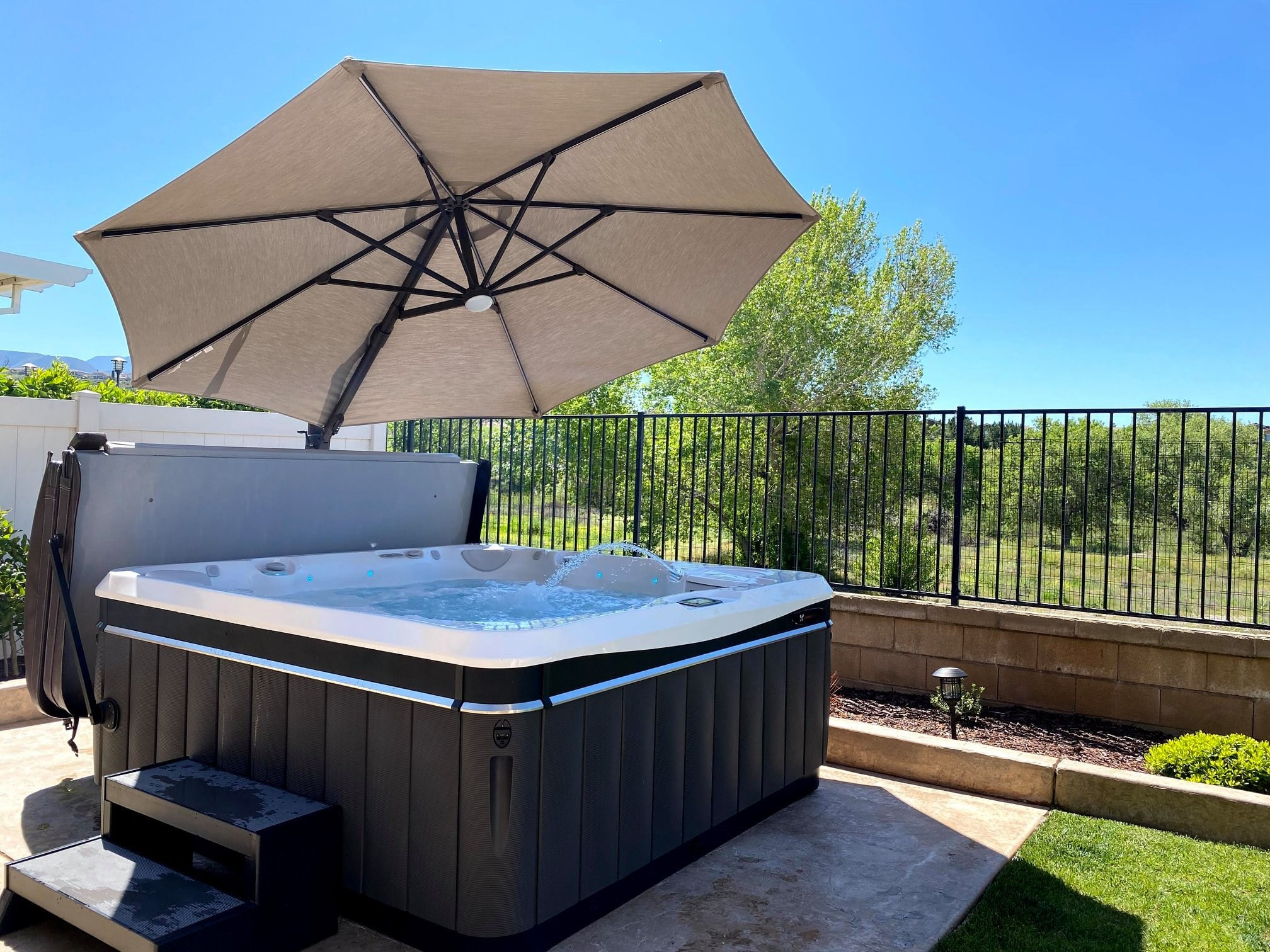 caldera hot tub umbrella installation in Los Angeles, CA