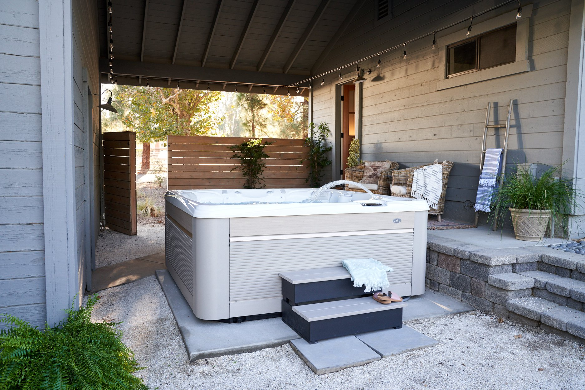 caldera hot tub installation in Los Angeles, CA