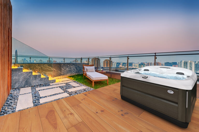 Jacuzzi Hot Tubs in California